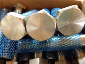 stora tillförsel mekaniska fästelement höga upphängda tunga sexkantsbult och mutter